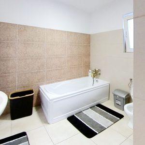 Strada-Caporalului-16-Bathroom